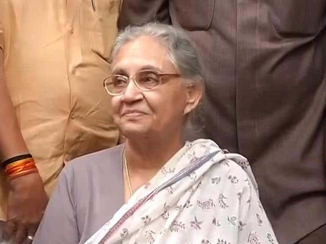 Video : Sheila Dikshit Junks 'Sahara Diaries'; Blunts Rahul Gandhi's Attack On PM Modi