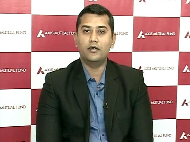 Markets Likely To Deliver Positive Returns In 2017: Axis AMC