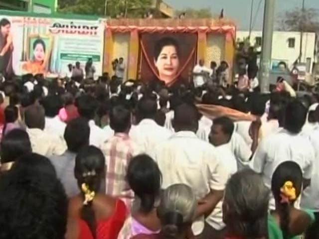 Video : In Jayalalithaa's Constituency, New AIADMK Chief Sasikala Not Welcome
