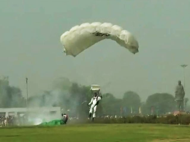 Video : IAF Skydiver Injured After Hard Landing At Air Show In Gujarat