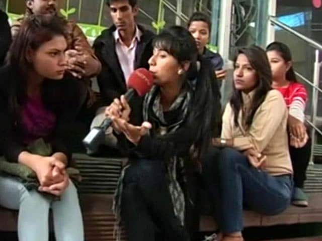 Video : Professional Courses: Hindi As A Medium?