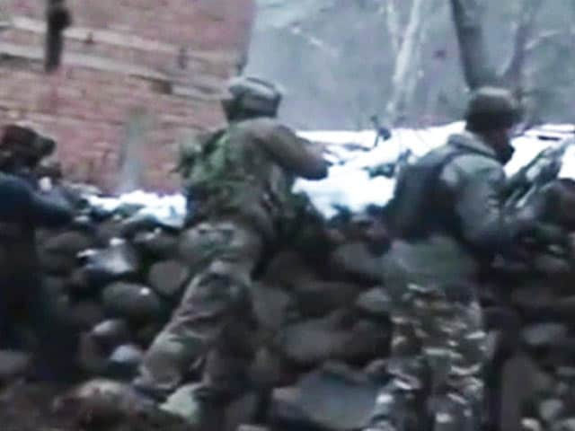 Video : 3 Hizbul Terrorists Killed In Encounter In Jammu And Kashmir's Anantnag