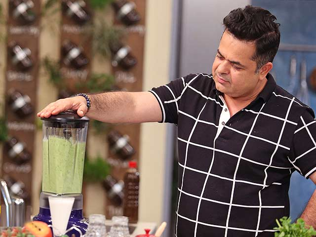 Blend Tasty And Healthy Smoothies At Home
