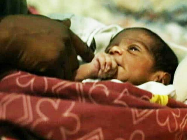 Video : Family Alleges Bribe By Health Centre, Mother And Baby Die After Delivery At Home