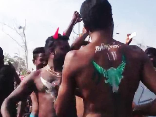 Video : Protestors Had Bulls Painted On Their Bodies And Performed Folk Dances