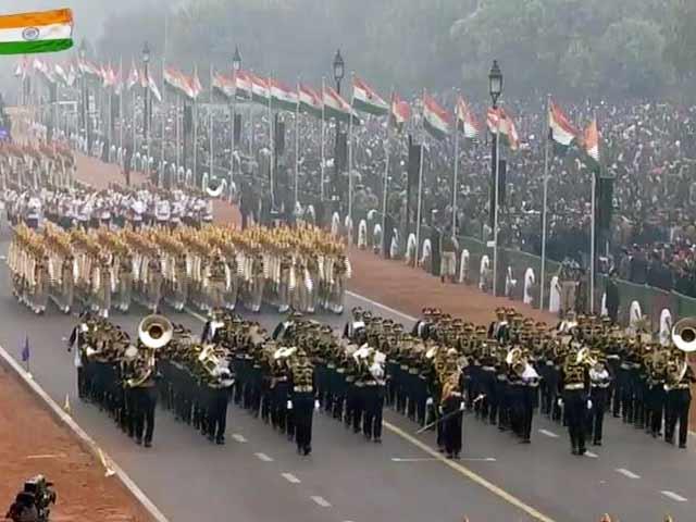 Video : गणतंत्र दिवस पर देश की सैन्य शक्ति का प्रदर्शन