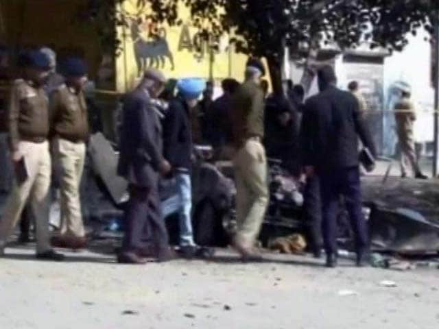 Video : Bathinda Blast: Death Toll Rises To 6, Police Seek NSG Help