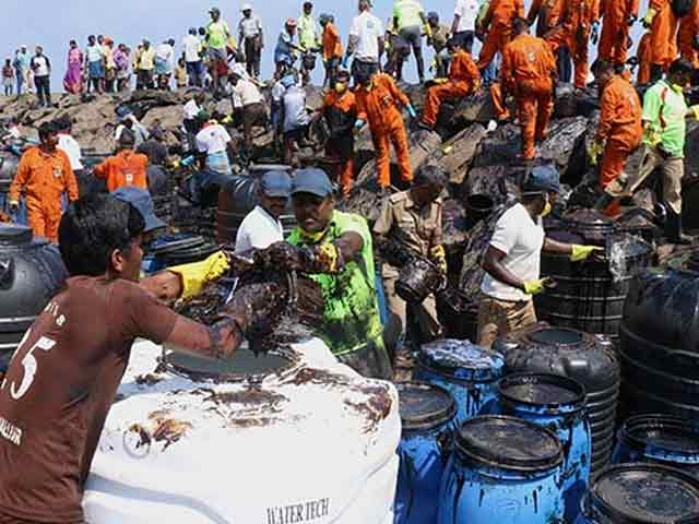 Video : Chennai Oil Spill Worse Than Thought, 10 More Days To Clean Up