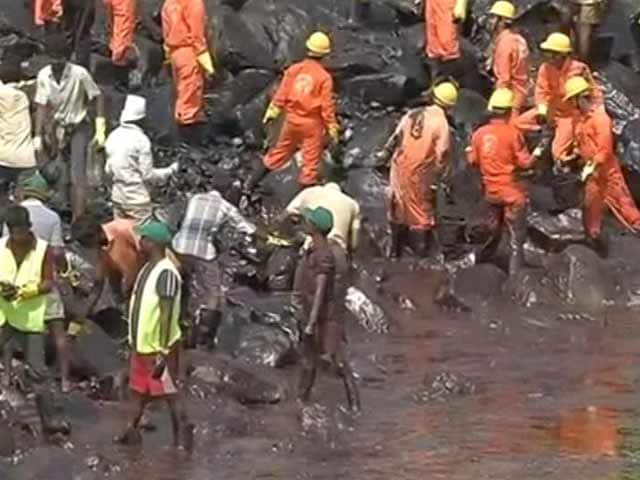Video : Oil Spill: 90 Per Cent Sludge In Chennai Removed, Says O Panneerselvam