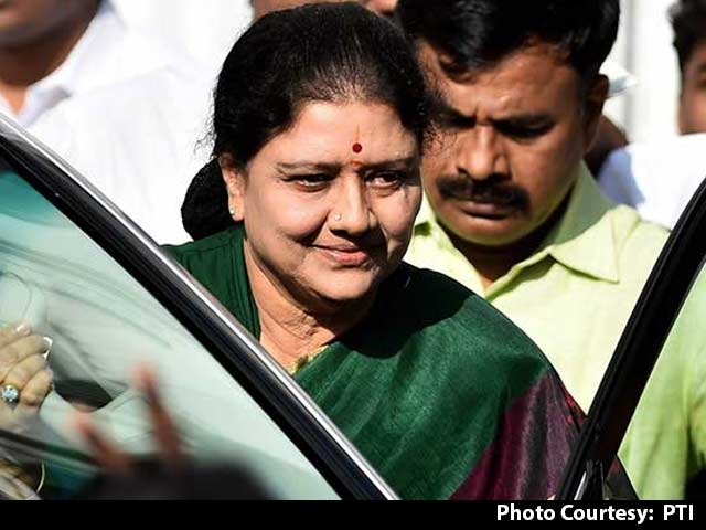 Video : Chief Minister Sasikala: Not Yet For Reasons Including Governor's Time