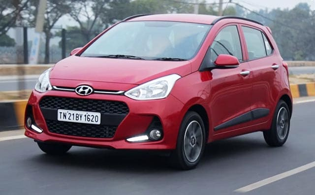 hyundai grand i10 facelift review. Black Bedroom Furniture Sets. Home Design Ideas