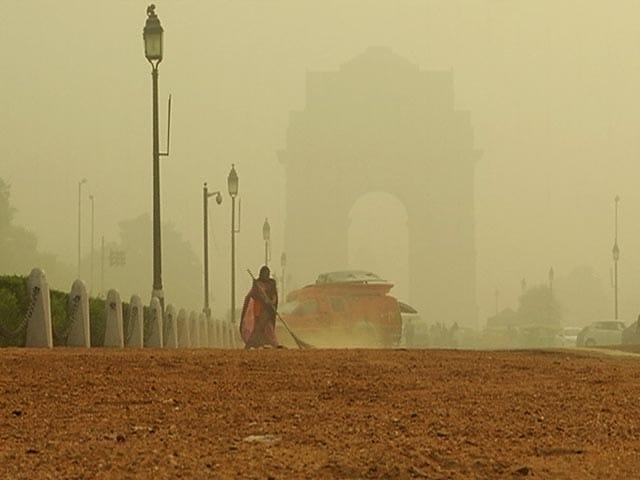 Video : Pollution Kills 8 In Delhi Everyday: Report
