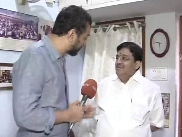 Video : BJP Can Give Moral Support, Says AIADMK Veteran Backing O Panneerselvam