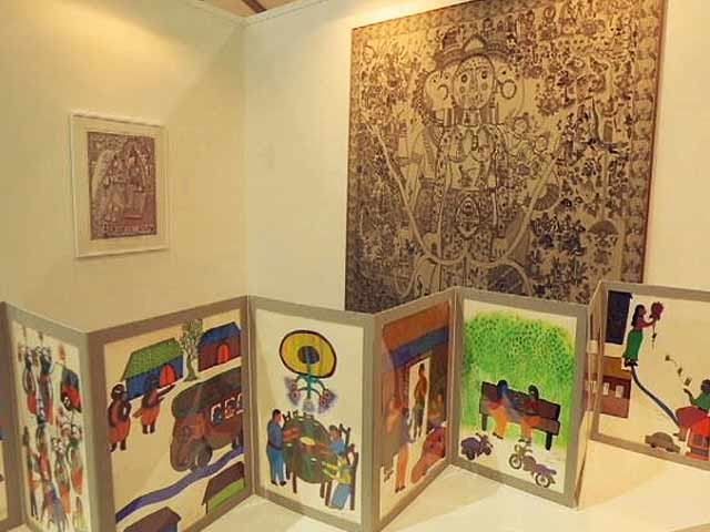 Video : India Art Fair 2017 In Four Walks