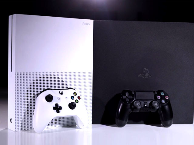 Video : PS4 Pro vs XBox One S: Which One's Better?