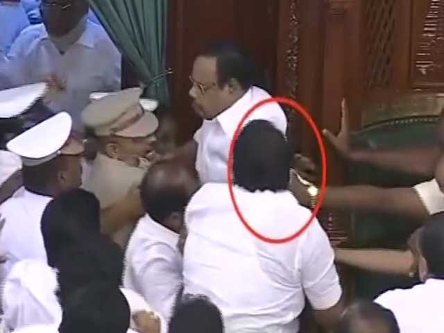 Video : Chairs Thrown, DMK Lawmakers On Table In Tamil Nadu Chaos, Speaker Shoved