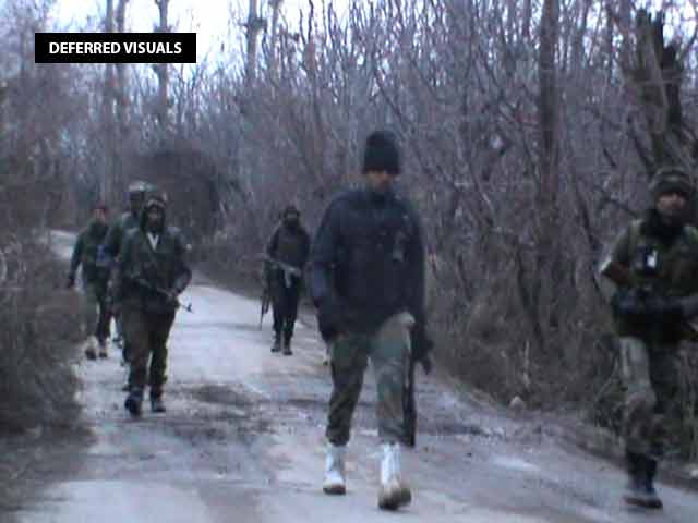 Video : 3 Soldiers Dead In Terror Attack In Kashmir's Shopian, Woman Killed In Firing