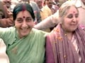 Video: 24 Hours: Dilli darshan with Sushma Swaraj (Aired: January 1998)