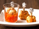 Video: Chicken Lollipops with Thai Hot Sauce