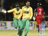 Sunil Narine Bowls T20's First Maiden Super-Over
