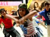 Video : Work Hard, Play Hard: Flash Mob Enthralls Delhi Shoppers