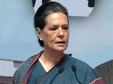 Videos : सोनिया ने फिर साधा मोदी सरकार पर निशाना