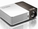 Special Edition of Gadget Guru: Hitachi vs BenQ Projector