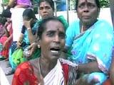Videos : जयललिता समर्थकों में मायूसी, रो पड़ीं कई महिलाएं