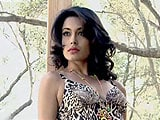 Video: <I>Making of the Kingfisher Calendar 2015</I> With Bollywood Bombshell, Sarah Jane Dias