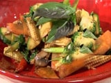Video : Thai Stir Fried Vegetables with Basil