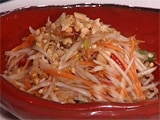 Video : Som Tam (Raw Papaya Salad)