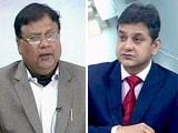 Videos : ऐसा फ्रॉड केजरीवाल की नजरों से कैसे बच निकला : पत्रकार मनोज मिश्रा