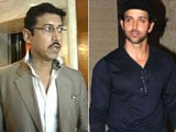 Video : Hrithik Takes Sons to Maldives, Minister's 'Unofficial' Meet with Censor Board