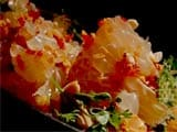 Video: Thai Pomelo Salad with Crushed Peanuts