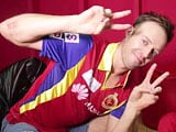IPL 8: Funny Side of Royal Challengers Bangalore - When De Villiers Sang <i>Yeh Dosti</i>