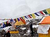 Videos : हिमस्खलन को कैमरे में कैद किया एक पर्वतारोही ने