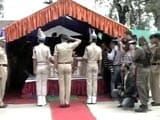 Video : Political Leaders Skip Wreath-Laying Ceremony of CRPF Jawans Shot Dead in Srinagar