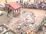 Video : 5 Dead in Delhi Building Collapse, Young Girl Feared Trapped