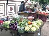 Video : मॉनसूनी बारिश और डीजल ने भड़काई महंगाई की आग, हरी सब्जियां भी हुईं 'लाल'