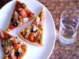 Video : Kitchen Hack: How to Reheat Pizza