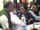 Video : मीटिंग में महिला एसपी से मंत्री बोले-गेटआउट, अफसर ने कहा- नहीं जाऊंगी