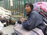 Video : एम्स बाहर तीमारदारों की भारी भीड़, नाइट शेल्टरों में जगह नहीं