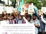 Videos : इंडिया 7 बजे : दलित छात्र की ख़ुदकुशी पर गरमाई सियासत