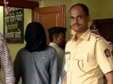 Video : मुंबई : लोकल ट्रेन में नेत्रहीन युवती से छेड़छाड़ का आरोपी डेढ़ महीने बाद धरा गया