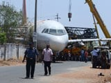 Video : Hyderabad Watches A Plane Fall Onto A Building While Being Moved