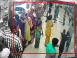 Video : मुंबई सेंट्रल रिज़र्वेशन केंद्र पर अज्ञात स्प्रे से मची अफ़रा-तफ़री