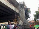 Video : लखनऊ : निर्माणाधीन मेट्रो पिलर का एक हिस्सा गिरा, 3 घायल