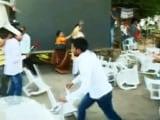 Video: इलाहाबाद में बीजेपी-सपा कार्यकर्ता भिड़े, मोदी सरकार के दो साल का जश्न मन रहा था