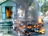 Video : वडोदरा में अतिक्रमण हटाने के दौरान पुलिस और स्थानीय लोगों में झड़प