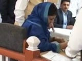Video : Mehbooba Mufti Files Nomination For Anantnag By-Polls, Courts Controversy